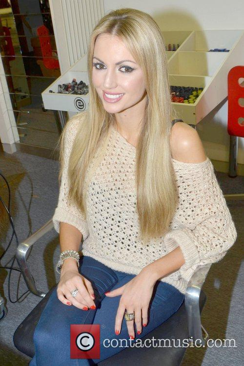 Former Miss World, Playboy, Rosanna Davison, Christmas, Ceira Lambert, Celebrity Salon, South William Street, Dublin and Ireland 1