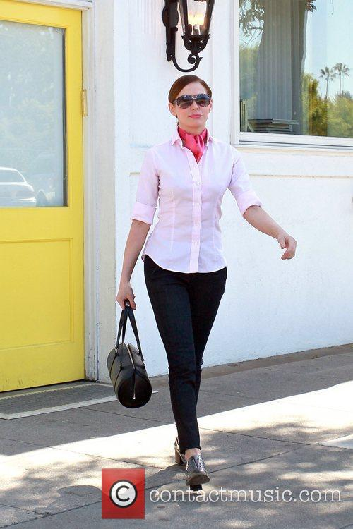 Rose Mcgowan leaving Byron and Tracey Salon in...