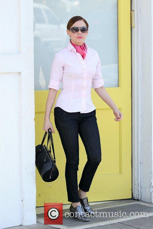 Rose McGowan leaving Byron and Tracey Salon Los...