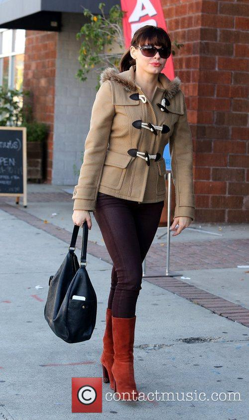 rose mcgowan out and about with her 5947043