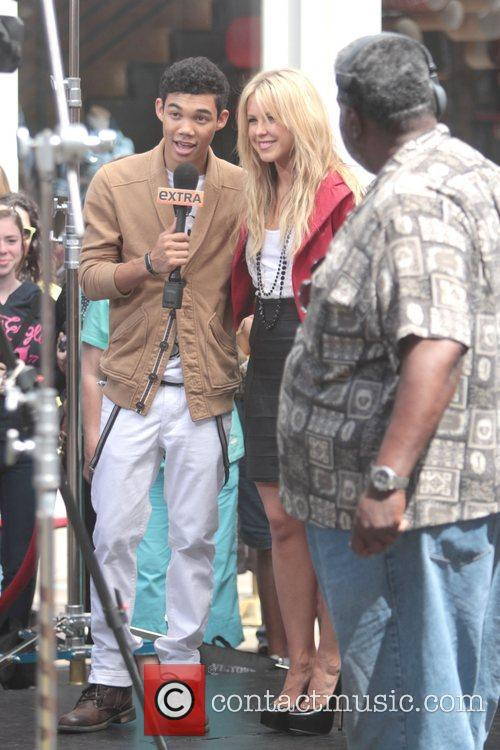 Roshon Fegan and Chelsie Hightower 2