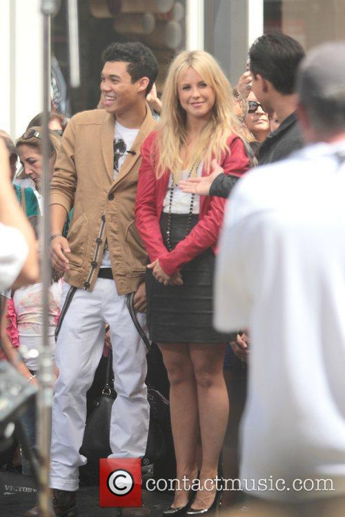 Roshon Fegan and Chelsie Hightower 7
