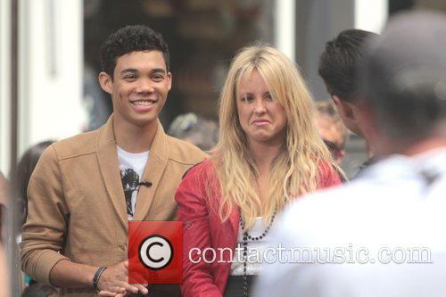Roshon Fegan and Chelsie Hightower 12