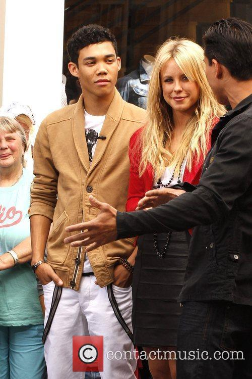 Roshon Fegan and Chelsie Hightower 16