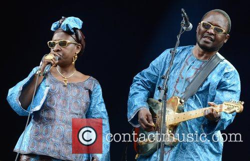 amadou amp mariam perform at roskilde festival 3983318