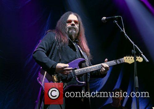 Roy Wood performing at Liverpool Echo Arena