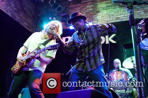 Devon Allman and Cyril Neville 4