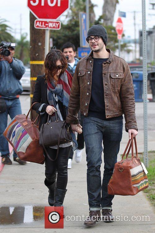 Rumer Willis and boyfriend Jayson Blair leaving Will...