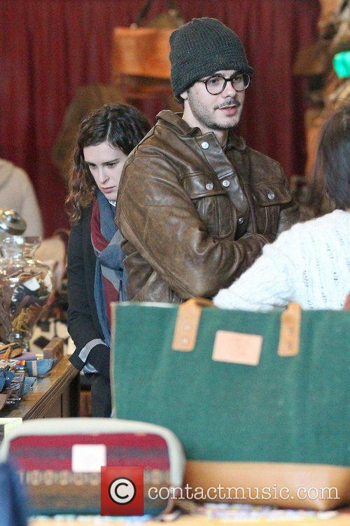 Rumer Willis and boyfriend Jayson Blair shopping at...