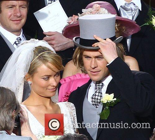 Olivia Wilde and Chris Hemsworth 8