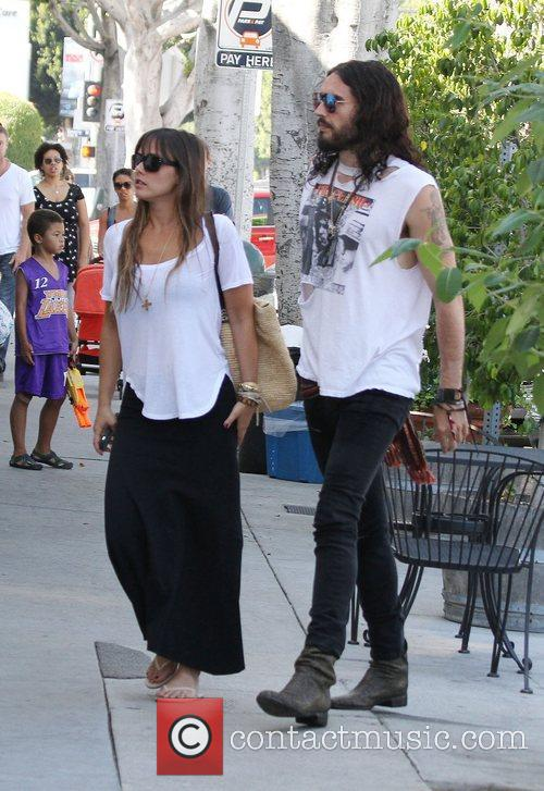 Russell Brand, Dallas and Jordana Brewster 2