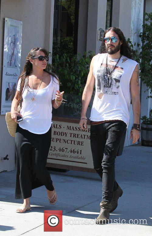 Russell Brand, Dallas and Jordana Brewster 1