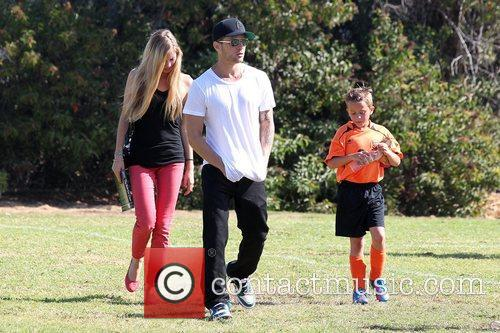 Paulina Slagter, Ryan Phillippe and Deacon Phillippe 2