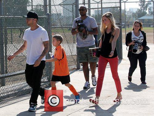 Deacon Phillippe, Paulina Slagter and Ryan Phillippe 8