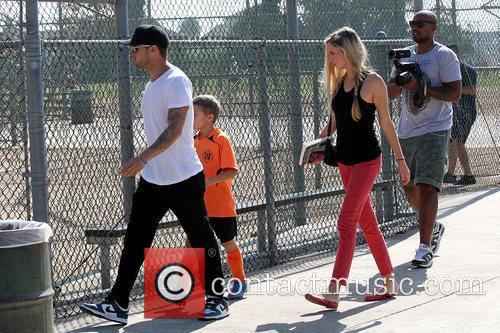 Deacon Phillippe, Paulina Slagter and Ryan Phillippe 17