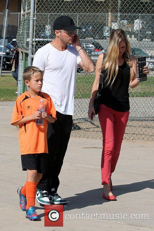 Deacon Phillippe, Paulina Slagter and Ryan Phillippe 12