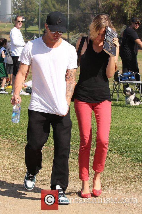 Ryan Phillippe and Paulina Slagter 6