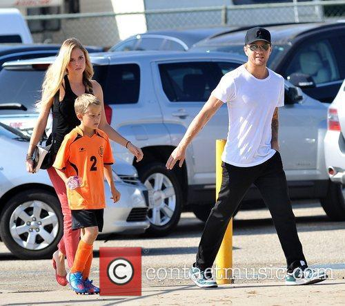 Deacon Phillippe, Paulina Slagter and Ryan Phillippe 21