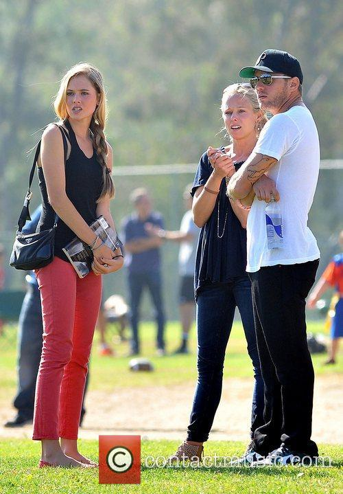 Paulina Slagter and Ryan Phillippe 11