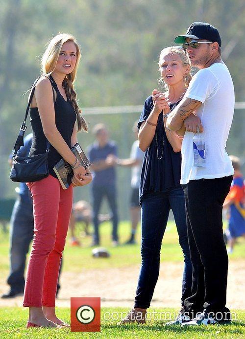 Paulina Slagter and Ryan Phillippe 9