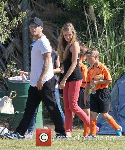 Ryan Phillippe, Deacon Phillippe and Paulina Slagter 1