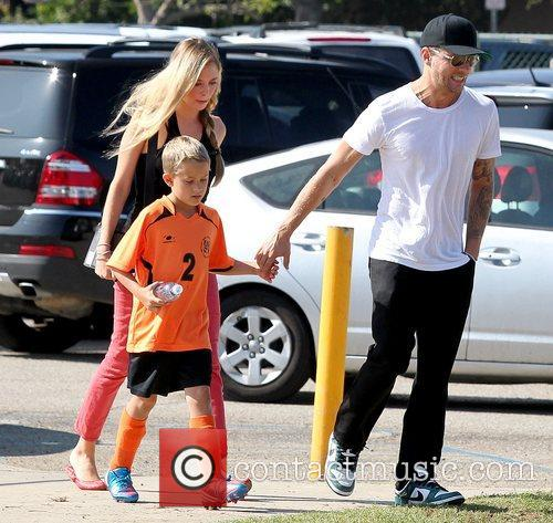 Deacon Phillippe, Paulina Slagter and Ryan Phillippe 24