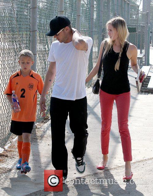Deacon Phillippe, Paulina Slagter and Ryan Phillippe 27