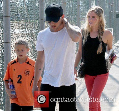 Deacon Phillippe, Paulina Slagter and Ryan Phillippe 30