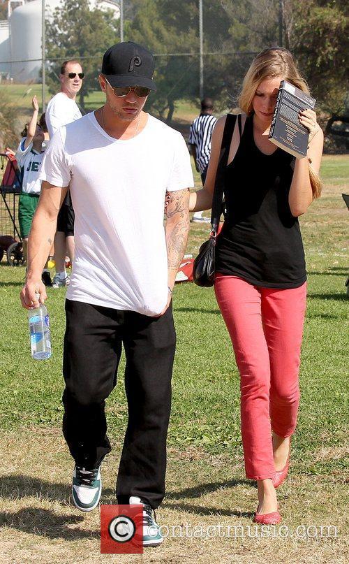 Ryan Phillippe and Paulina Slagter 10