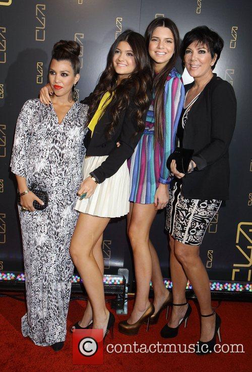 Kourtney Kardashian, Kendall Jenner, Kris Jenner and Kylie Jenner 3