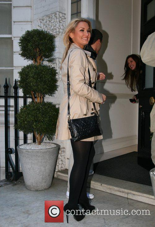 Sam Faiers arriving at 'Smile' Dentist in Harley...