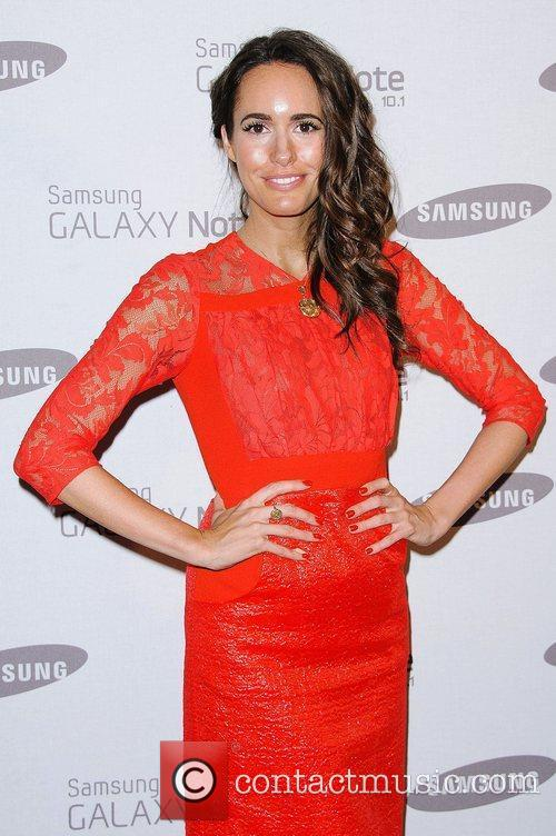 louise roe samsung celebrate the launch of 4033661