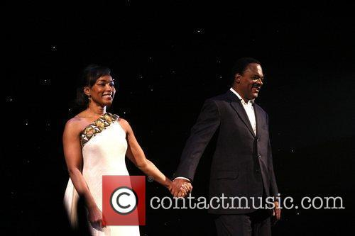 Angela Bassett and Samuel L. Jackson  Samuel...