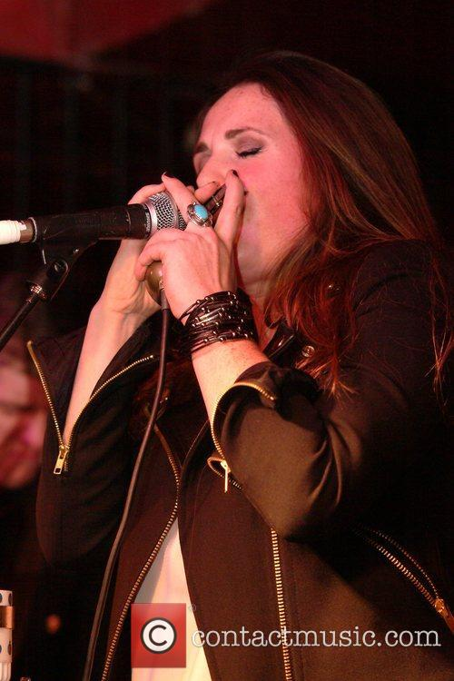 sandi thom performing live in concert at 4156528