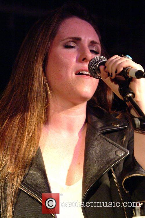 sandi thom performing live in concert at 4156529