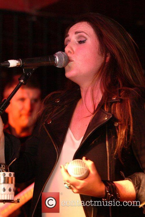 sandi thom performing live in concert at 4156532