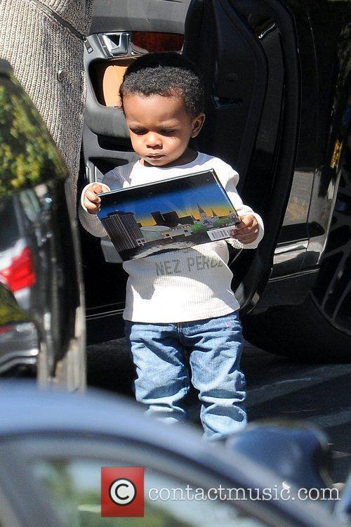 Louis Bardo Bullock Sandra Bullock collects her son...