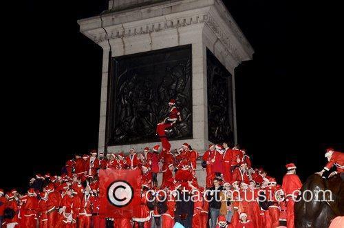 Atmosphere and Trafalgar Square 9
