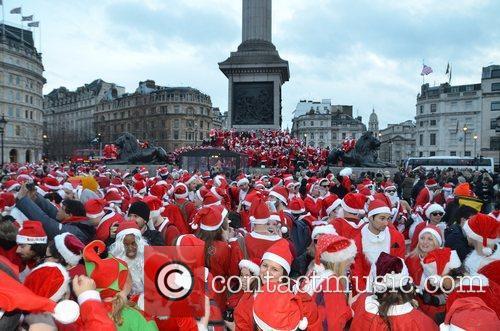 Atmosphere and Trafalgar Square 13