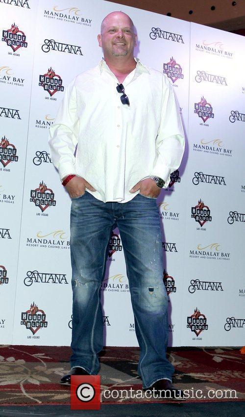 Rick Harrison Dan Aykroyd joins Carlos Santana at...