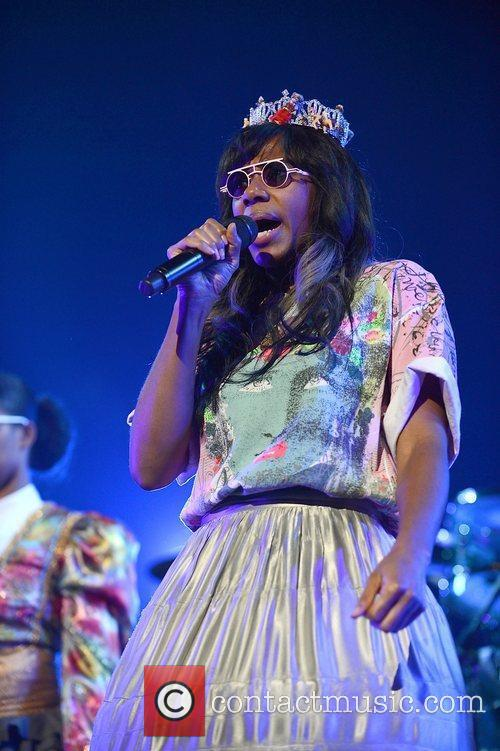 Santigold and Red Hot Chili Peppers 6