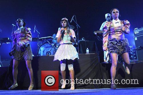 Santigold and Red Hot Chili Peppers 2