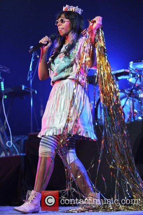 Santigold and Red Hot Chili Peppers 9