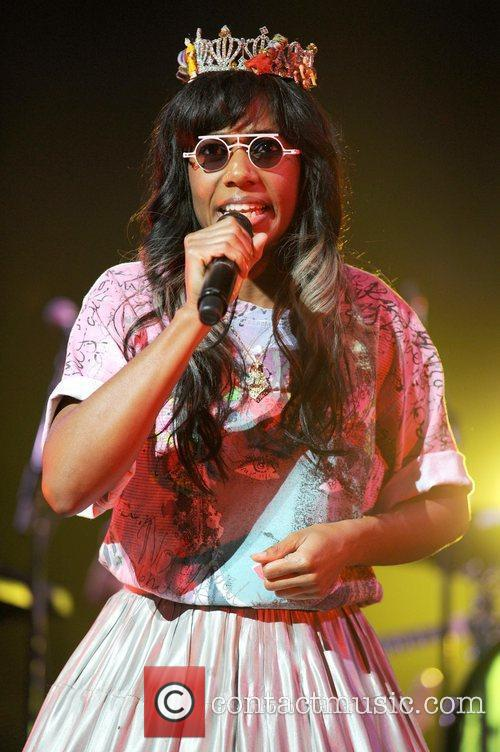 Santigold and Red Hot Chili Peppers 15