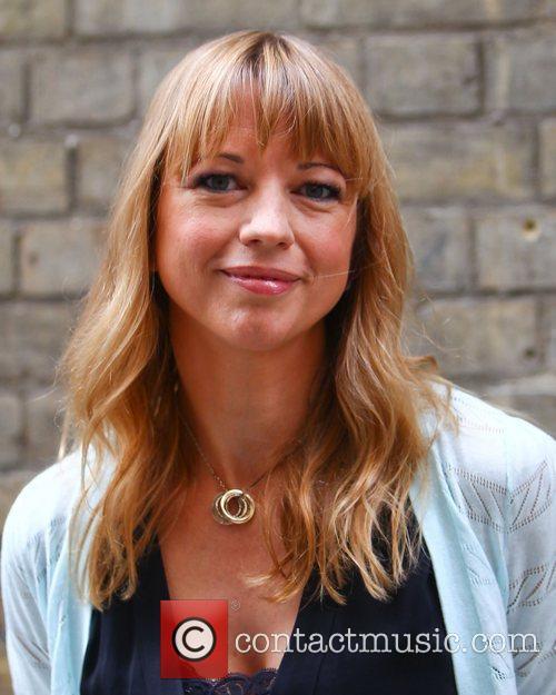 Sara Cox 36