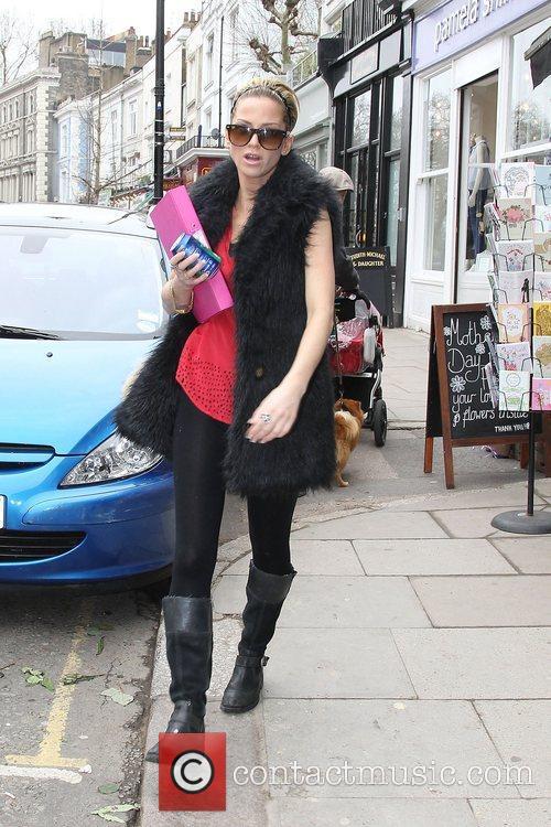 Sarah Harding  walking in Primrose Hill London,...