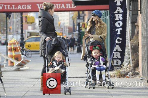 Sarah Jessica Parker, Marion and Tabitha Broderick 10