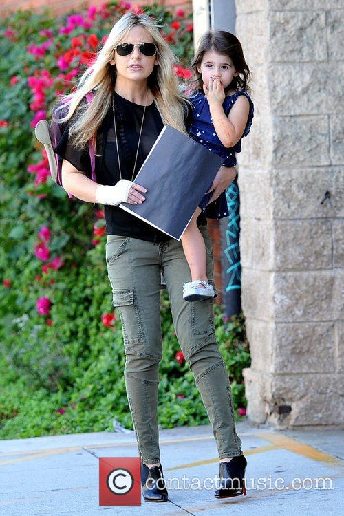 Sarah Michelle Gellar and Charlotte Grace Prinze 8