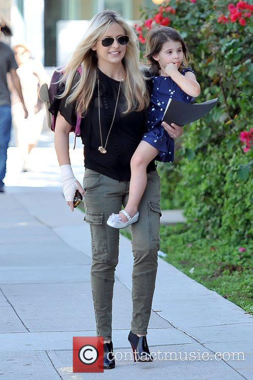 Sarah Michelle Gellar and Charlotte Grace Prinze 12