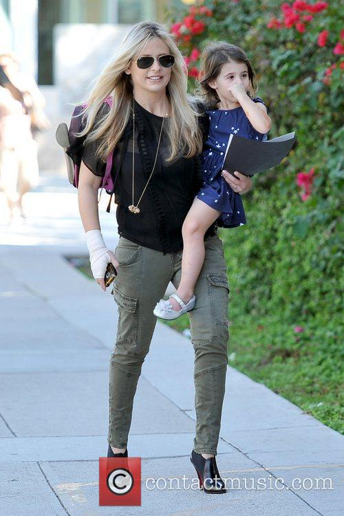 Sarah Michelle Gellar and Charlotte Grace Prinze 13